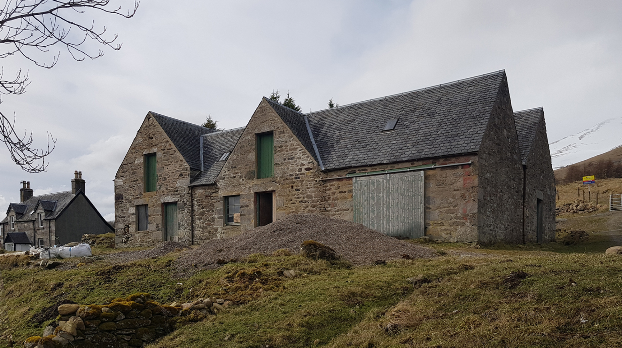 Loch Tay Steading, Residential